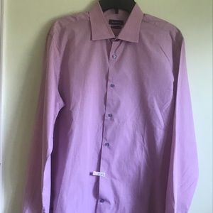 Saks fifth Avenue 🍾  Elegant Trim coupe shirt